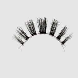 LOVENUE - Curled, silk faux lashes on a transparent band – No 10 FEMME FATALE by Magda Pieczonka