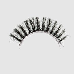 LOVENUE - Curled, silk faux lashes on a transparent band – No 9 SEXY by Magda Pieczonka