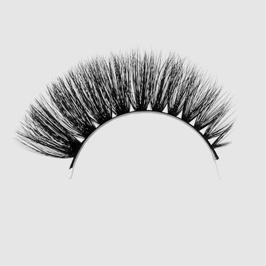 LOVENUE – Curled, silk faux lashes on a band – No 1 Vamp