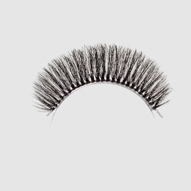 LOVENUE - Curled, silk faux lashes on a transparent band – No 6 BABY DOLL by Magda Pieczonka